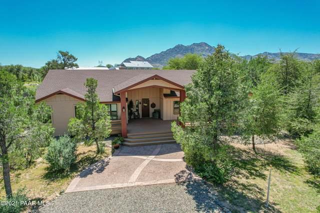8750 N Oak Forest Drive, Prescott, AZ 86305 (#1041689) :: Shelly Watne