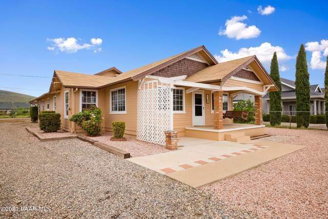 3724 N Valley View Drive, Prescott Valley, AZ 86314 (#1041904) :: Shelly Watne