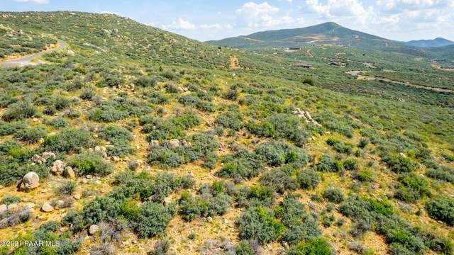 16 Acres Sterling Spur Road, Dewey-Humboldt, AZ 86327 (MLS #1041922) :: Conway Real Estate