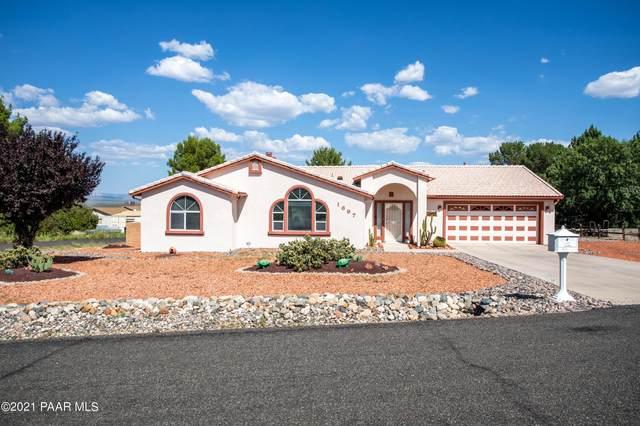 1697 Meadowbrook Drive, Cottonwood, AZ 86326 (#1042107) :: Shelly Watne