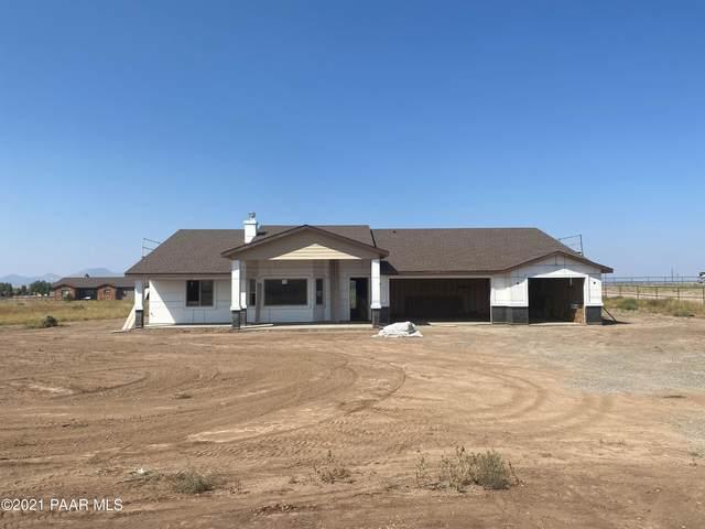 12900 N Bent Spur Court, Prescott Valley, AZ 86315 (#1042125) :: Shelly Watne