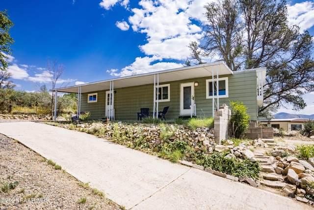 824 Oak Terrace Drive, Prescott, AZ 86301 (#1042137) :: Shelly Watne