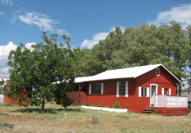 17379 E Meadow Lane, Mayer, AZ 86333 (#1042221) :: Shelly Watne