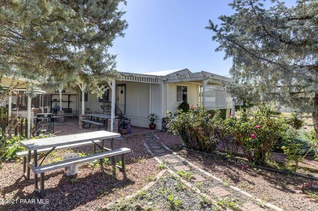 2545 S Butte Street, Dewey-Humboldt, AZ 86327 (#1042389) :: Shelly Watne
