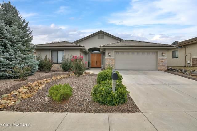 1043 Bridgewater Drive, Prescott, AZ 86301 (#1042502) :: Shelly Watne