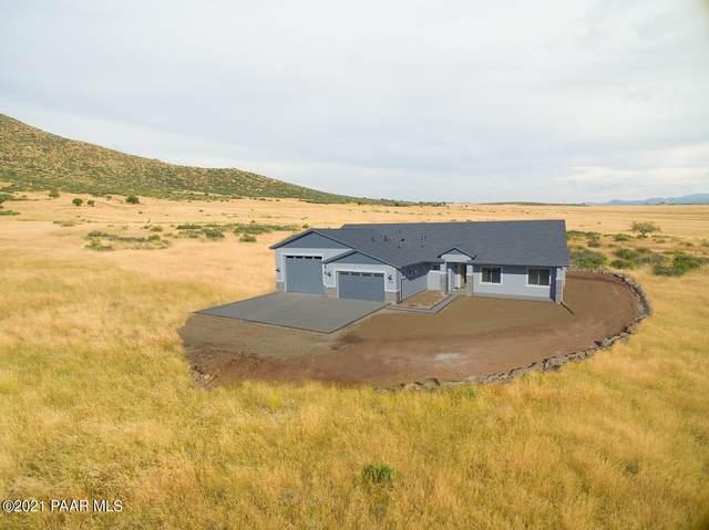 9051 N Desert Winds Way, Prescott Valley, AZ 86315 (MLS #1042543) :: Conway Real Estate