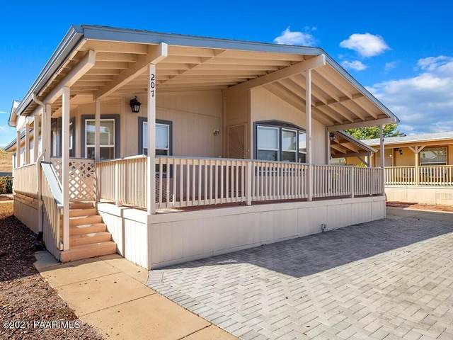 724 N Mesquite Tree Drive, Dewey-Humboldt, AZ 86327 (#1042772) :: Shelly Watne