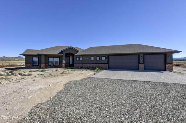 10585 N Horsepower Drive, Prescott Valley, AZ 86315 (#1042854) :: Shelly Watne