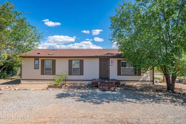 6285 N Cattletrack Road, Prescott Valley, AZ 86314 (#1042885) :: Shelly Watne