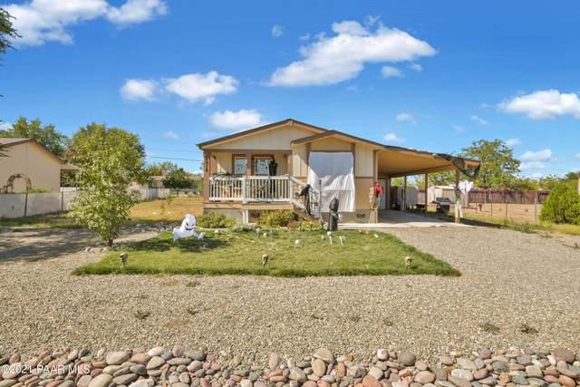4916 N Carla Vista Drive, Prescott Valley, AZ 86314 (MLS #1042931) :: Conway Real Estate