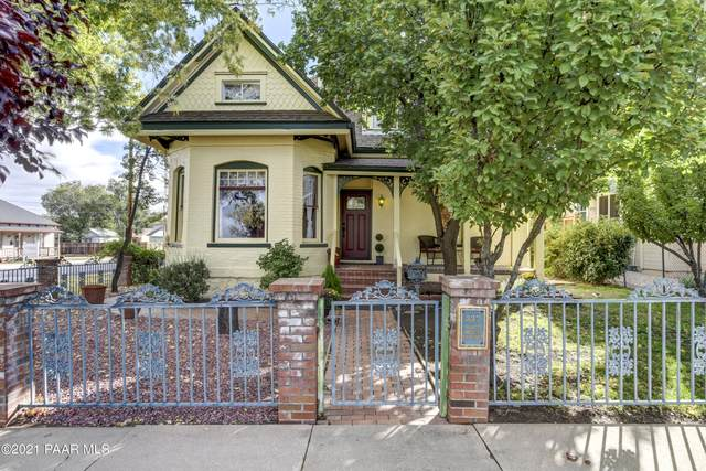 337 N Mount Vernon Avenue, Prescott, AZ 86301 (MLS #1042935) :: Conway Real Estate