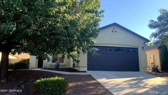 7447 E Shepherd Hill Lane, Prescott Valley, AZ 86315 (MLS #1042944) :: Conway Real Estate