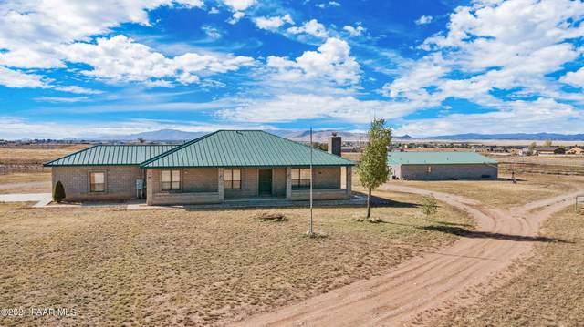 8025 E Mummy View Drive, Prescott Valley, AZ 86314 (#1043014) :: Shelly Watne