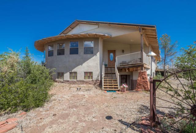 1350 W Cliff Rose Road, Prescott, AZ 86305 (#996473) :: HYLAND/SCHNEIDER TEAM
