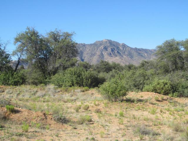 3580 W Broken Trail, Prescott, AZ 86305 (#1002897) :: HYLAND/SCHNEIDER TEAM