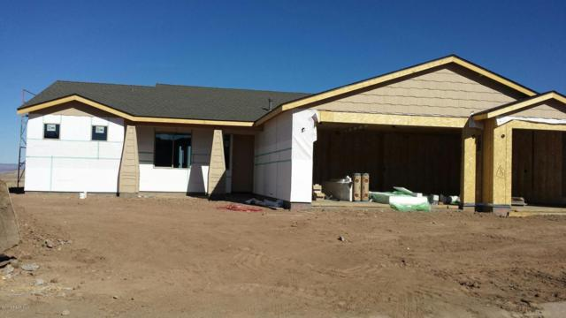 2600 Capella Drive, Chino Valley, AZ 86323 (#1008680) :: The Kingsbury Group
