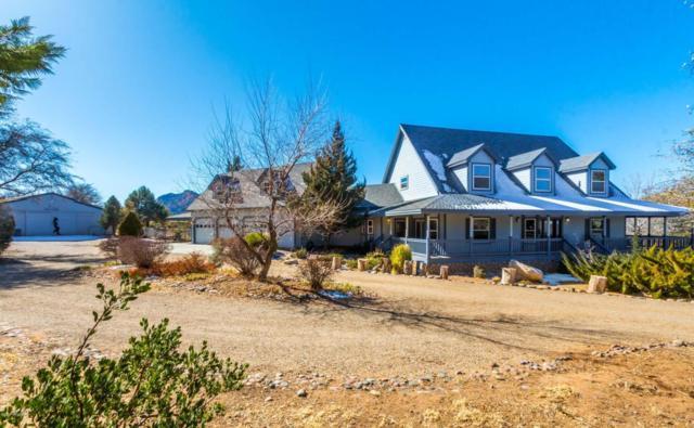 8575 N Oak Forest Drive, Prescott, AZ 86305 (#1008916) :: HYLAND/SCHNEIDER TEAM