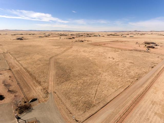 X-X-X-X E Spurr Lane, Prescott Valley, AZ 86315 (#1010731) :: HYLAND/SCHNEIDER TEAM