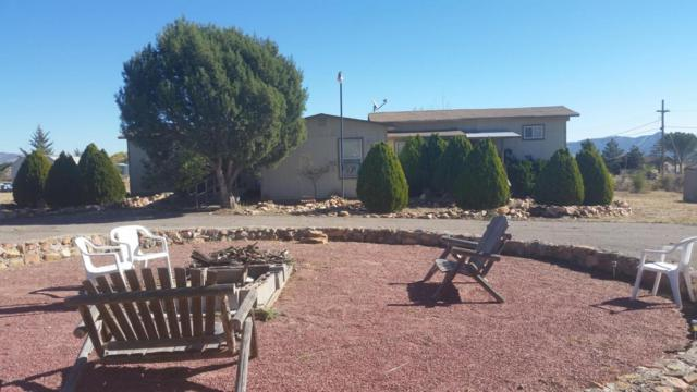 9900 E Tonto Drive, Dewey-Humboldt, AZ 86327 (#1012199) :: HYLAND/SCHNEIDER TEAM