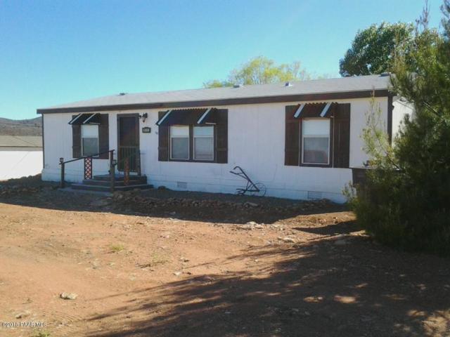 9175 E Newtown Avenue, Dewey-Humboldt, AZ 86327 (#1012633) :: HYLAND/SCHNEIDER TEAM