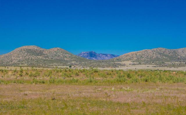 3d2 Bareback Road, Prescott Valley, AZ 86315 (#1013218) :: HYLAND/SCHNEIDER TEAM