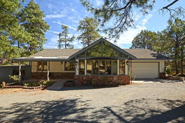 2260 W Thumb Butte Road, Prescott, AZ 86305 (#1013448) :: HYLAND/SCHNEIDER TEAM