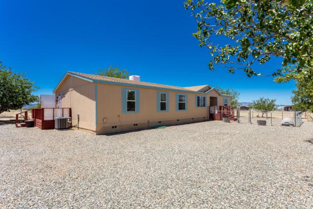 9325 E Mummy View Drive, Prescott Valley, AZ 86315 (#1013508) :: HYLAND/SCHNEIDER TEAM