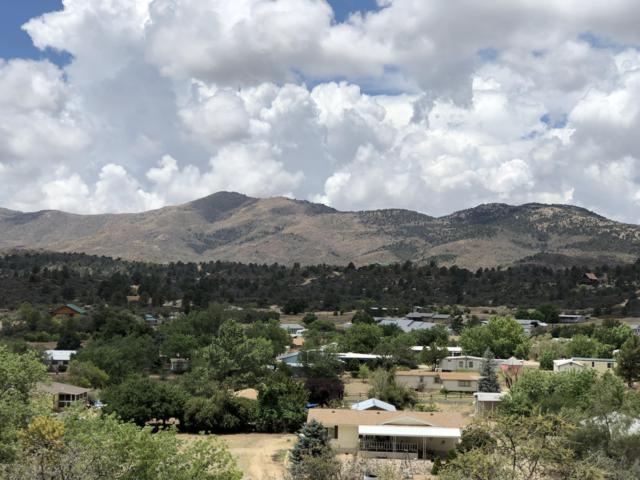 18322 S Spoon Road, Kirkland, AZ 86332 (#1013806) :: HYLAND/SCHNEIDER TEAM