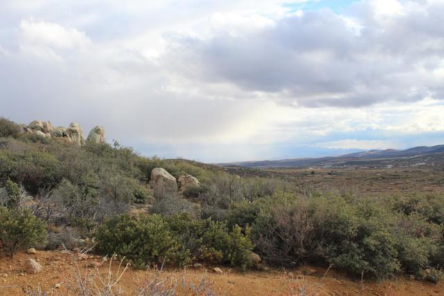 1065 N Cool Water Lane, Dewey-Humboldt, AZ 86327 (#1016396) :: HYLAND/SCHNEIDER TEAM