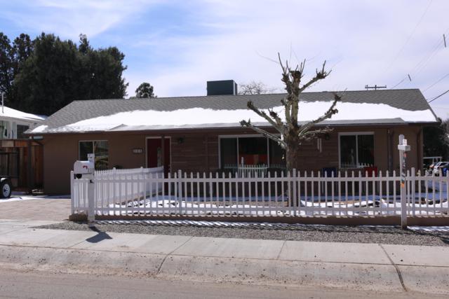 208 Robinson Drive, Prescott, AZ 86303 (#1017887) :: HYLAND/SCHNEIDER TEAM