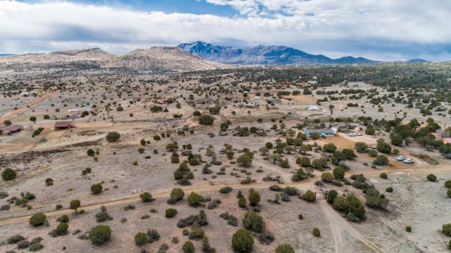 00 Longbranch Trail, Prescott, AZ 86305 (#1018822) :: HYLAND/SCHNEIDER TEAM