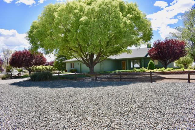 824 Maple Lane, Chino Valley, AZ 86323 (#1020855) :: HYLAND/SCHNEIDER TEAM