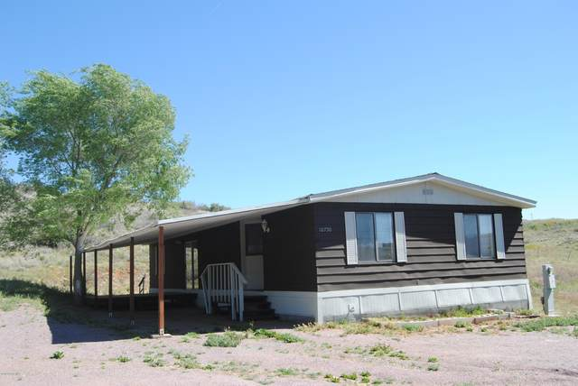 10750 E Earle Way, Dewey-Humboldt, AZ 86327 (MLS #1022762) :: Conway Real Estate