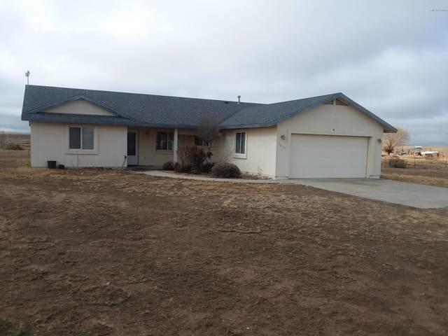 7075 E Prairie Lane, Prescott Valley, AZ 86315 (#1026000) :: HYLAND/SCHNEIDER TEAM