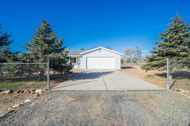 18556 S Joseph Hodge Road, Peeples Valley, AZ 86332 (#1027142) :: Shelly Watne