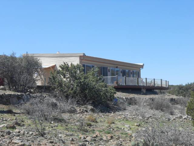 5350 Taro Lane, Chino Valley, AZ 86623 (#1028818) :: Shelly Watne