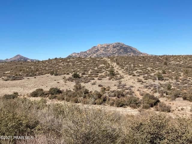5828 Cinnamon Drive, Prescott, AZ 86305 (#1029249) :: Shelly Watne