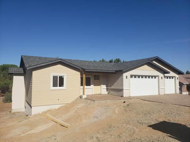 596 N Apache Drive, Dewey-Humboldt, AZ 86327 (#1029329) :: Prescott Premier Homes | Coldwell Banker Global Luxury