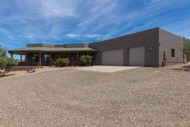 9975 N Oak Meadow Lane, Prescott, AZ 86305 (#1029571) :: Shelly Watne
