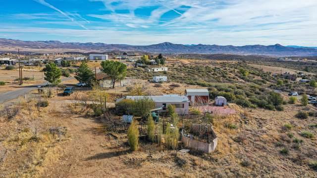 9935 E Tonto Drive, Dewey-Humboldt, AZ 86327 (#1034313) :: Prescott Premier Homes | Coldwell Banker Global Luxury
