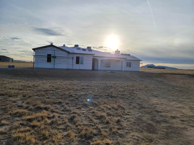10320 N Joy Ranch, Prescott Valley, AZ 86315 (#1034396) :: Shelly Watne