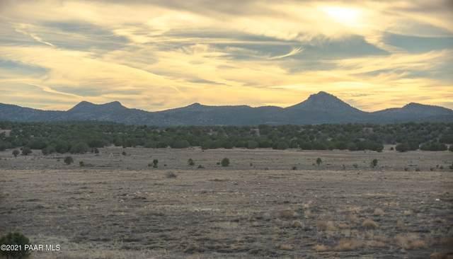 0 N Antelope Lane, Paulden, AZ 86334 (#1035671) :: Shelly Watne