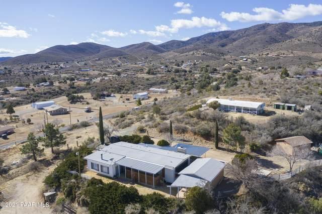9360 E Hopi Trail, Dewey-Humboldt, AZ 86327 (#1036118) :: Shelly Watne
