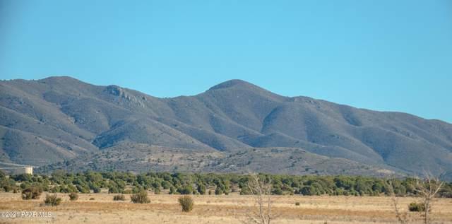 12825 E Mingus Vista Drive, Prescott Valley, AZ 86315 (#1036184) :: Shelly Watne