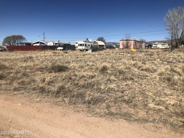 238 W Zion Trail, Paulden, AZ 86334 (MLS #1036228) :: Conway Real Estate