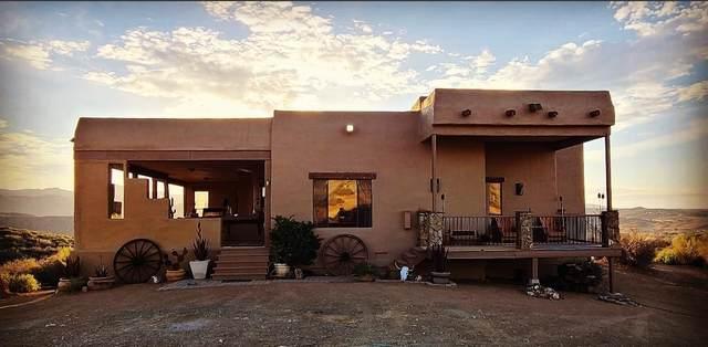 14201 E Rattlesnake Trail, Dewey-Humboldt, AZ 86329 (#1037343) :: Shelly Watne