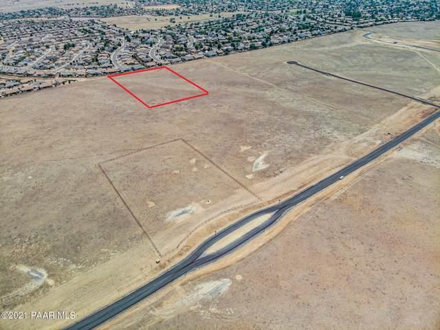 015e-4 Copperfield Road, Prescott Valley, AZ 86315 (#1037931) :: Shelly Watne