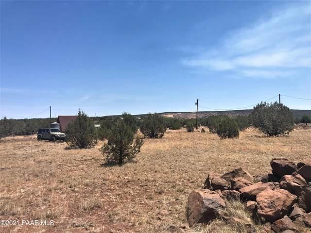 2267 N Luana Drive, Ash Fork, AZ 86320 (MLS #1039118) :: Conway Real Estate