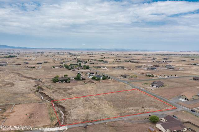 11180 N Out Of The Way Place, Prescott Valley, AZ 86315 (#1040439) :: Prescott Premier Homes   Coldwell Banker Global Luxury