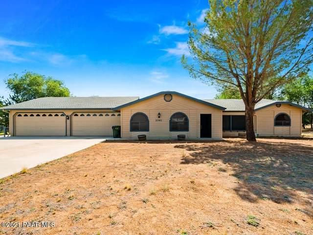 2061 Val Vista Drive, Chino Valley, AZ 86323 (#1040443) :: Shelly Watne